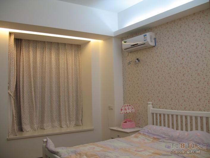 简约卧室窗帘效果图片案例