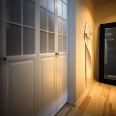 玄关实木衣帽柜装修效果图片