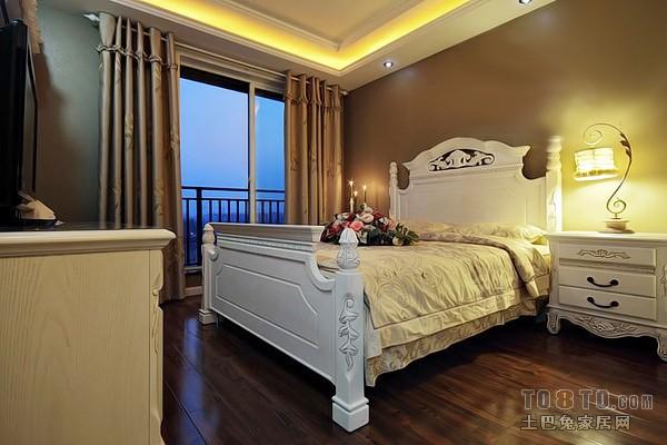 美式简约沙发设计装修效果图片