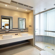2018135平米现代别墅卫生间效果图片