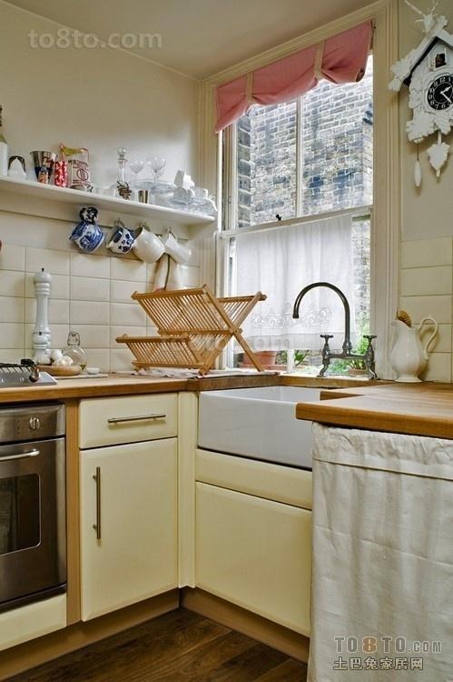现代超小厨房装修效果图欣赏