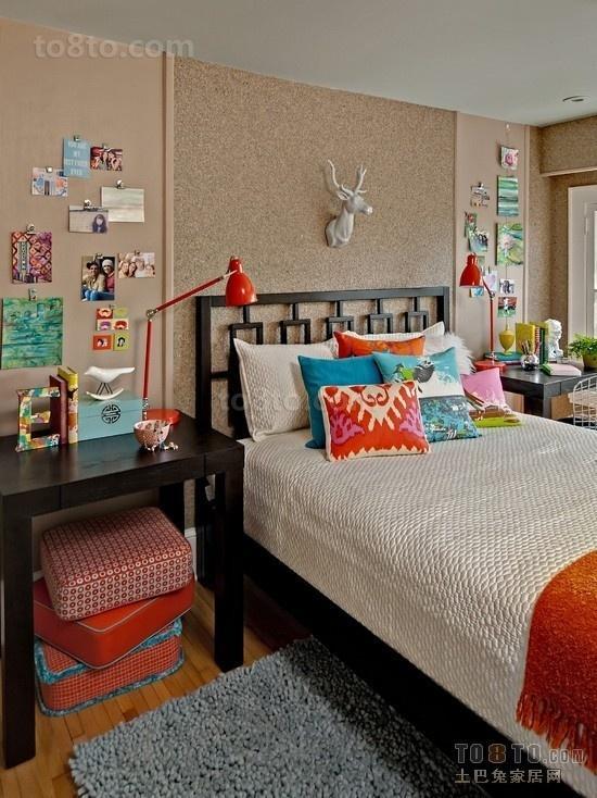 最新的欧式暖色调公主卧室设计 卧室照片背景墙装修