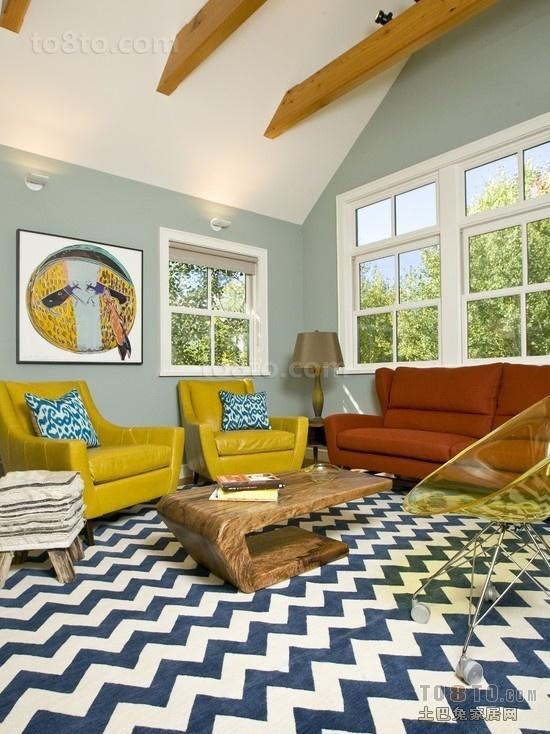 后现代风格家庭客厅装修效果图