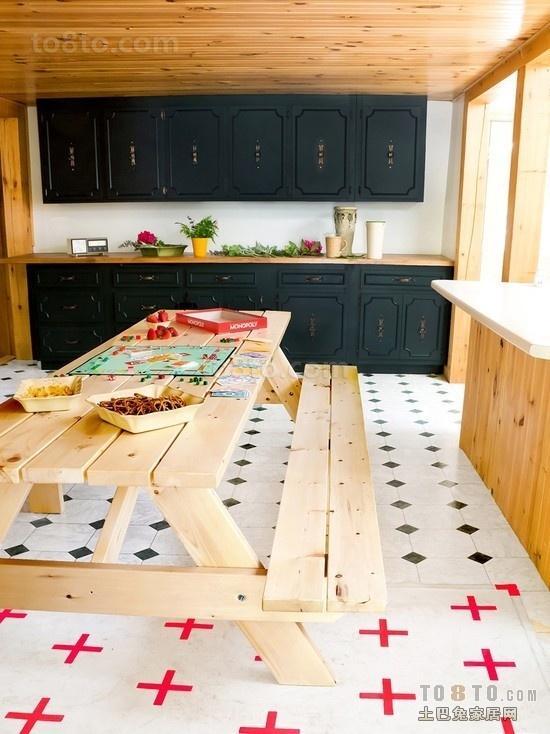 复式厨房橱柜餐厅装修效果图 彩色瓷砖图片