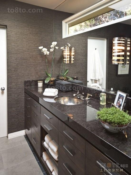 小户型黑色大气的卫生间装修效果图大全2012图片