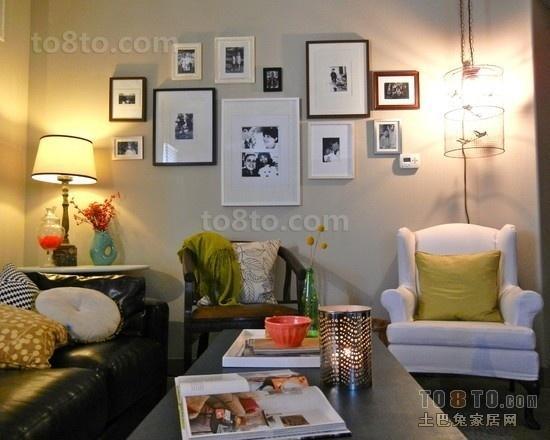 小户型客厅照片墙效果图
