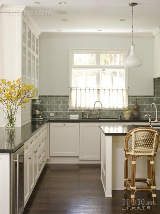 小三居厨房装修设计效果图