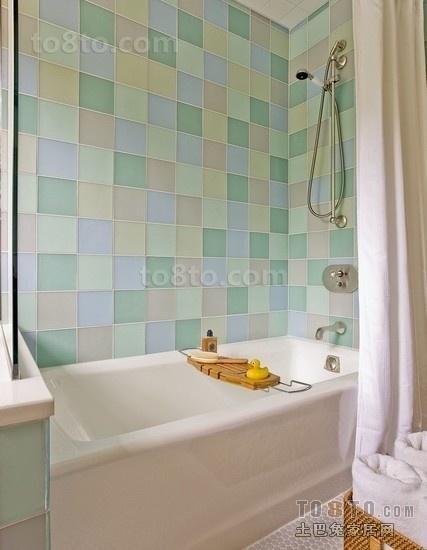 二居室卫生间马赛克式瓷砖效果图