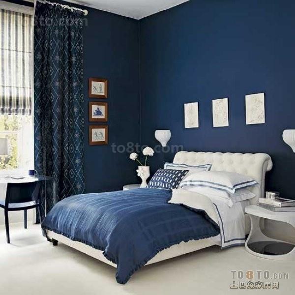 深蓝色卧室装修效果图  深蓝色窗帘效果图