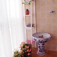 现代小户型阳台装饰图片