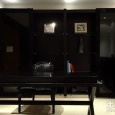 中式四居书房装修实景图
