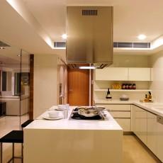 精选面积103平现代三居厨房装修图