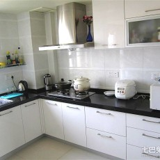 101平米三居厨房现代装修实景图片欣赏