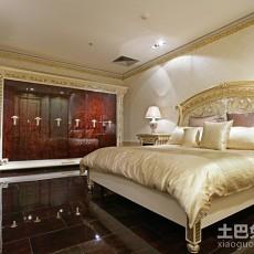 热门欧式三居卧室设计效果图
