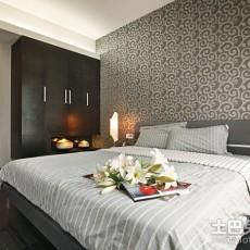 精选77平方二居卧室现代装修设计效果图
