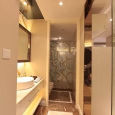 热门85平米二居卫生间现代装修实景图片
