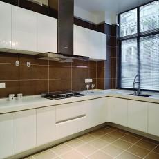 面积98平欧式三居厨房实景图片