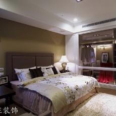 85平方二居卧室现代装修效果图