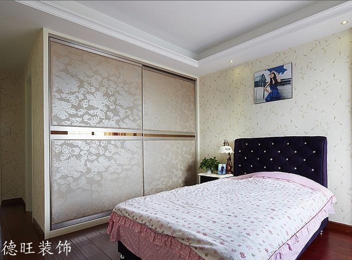 2018精选85平米二居卧室简约装修效果图片