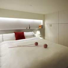 面积76平小户型卧室现代装修效果图片