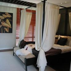 80平米二居卧室东南亚装修欣赏图