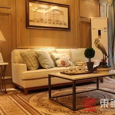 面积72平田园二居客厅装修实景图片欣赏