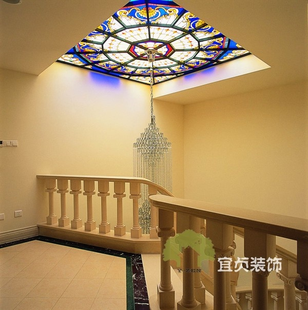 复式楼楼梯间吊顶装修效果图