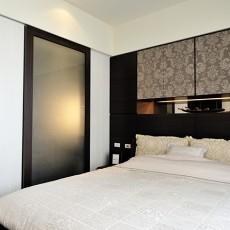 现代简约小卧室装修效果图大全图