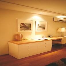 热门86平米二居书房现代装修实景图片