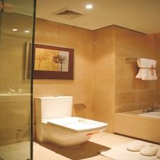 热门现代二居卫生间装修设计效果图片