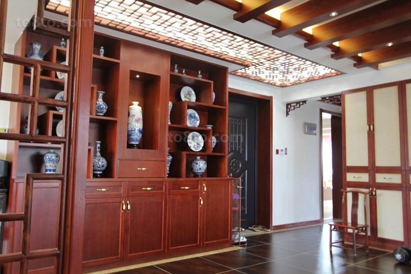 中式风格红木博古架装修效果图