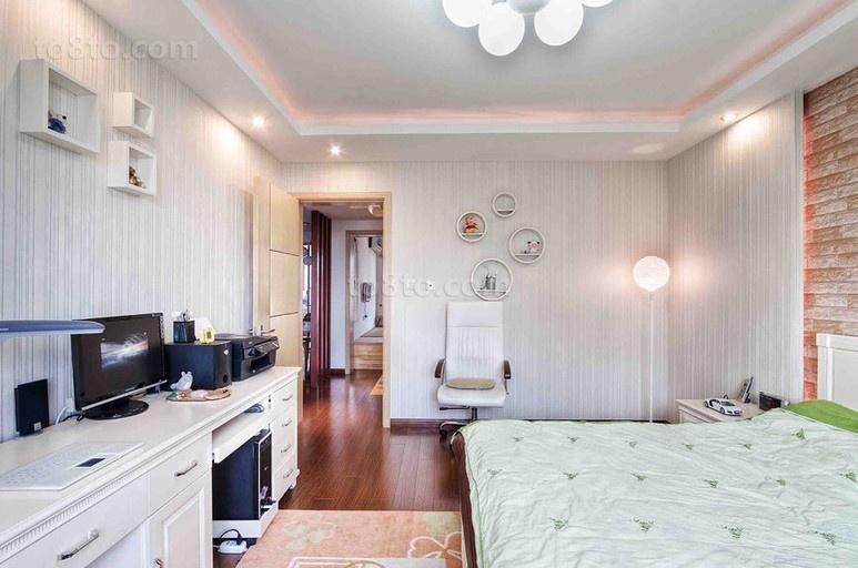 热门78平米简约小户型卧室装饰图片欣赏