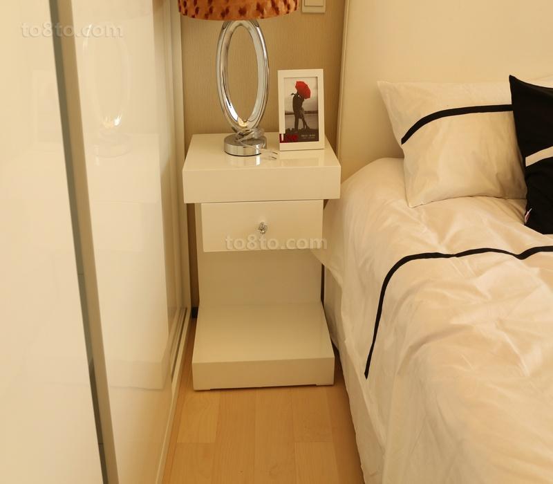 简约风格卧室床头柜效果图