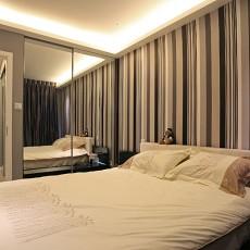 面积81平现代二居卧室装修效果图片