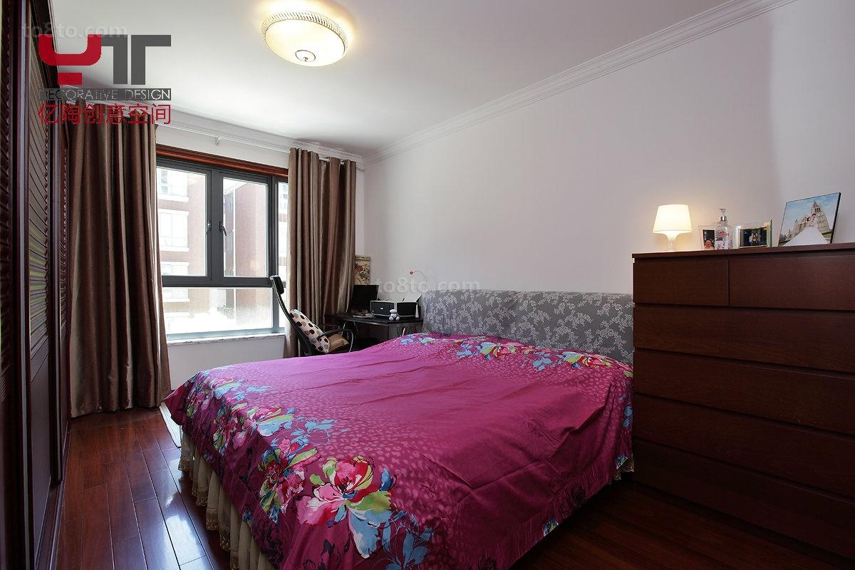 面积70平小户型卧室中式设计效果图