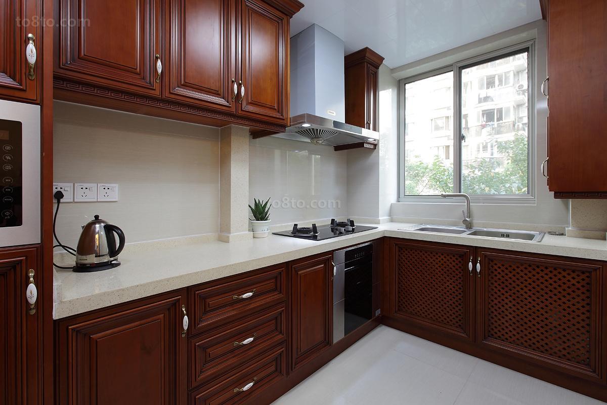中式厨房转角橱柜效果图